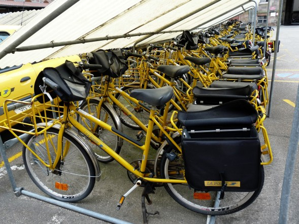 A fleet of La Poste bicycles. Source: Wikimedia